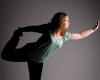 Portret fotoshoot fotostudio yoga Deventer fotograaf Grietje Mesman