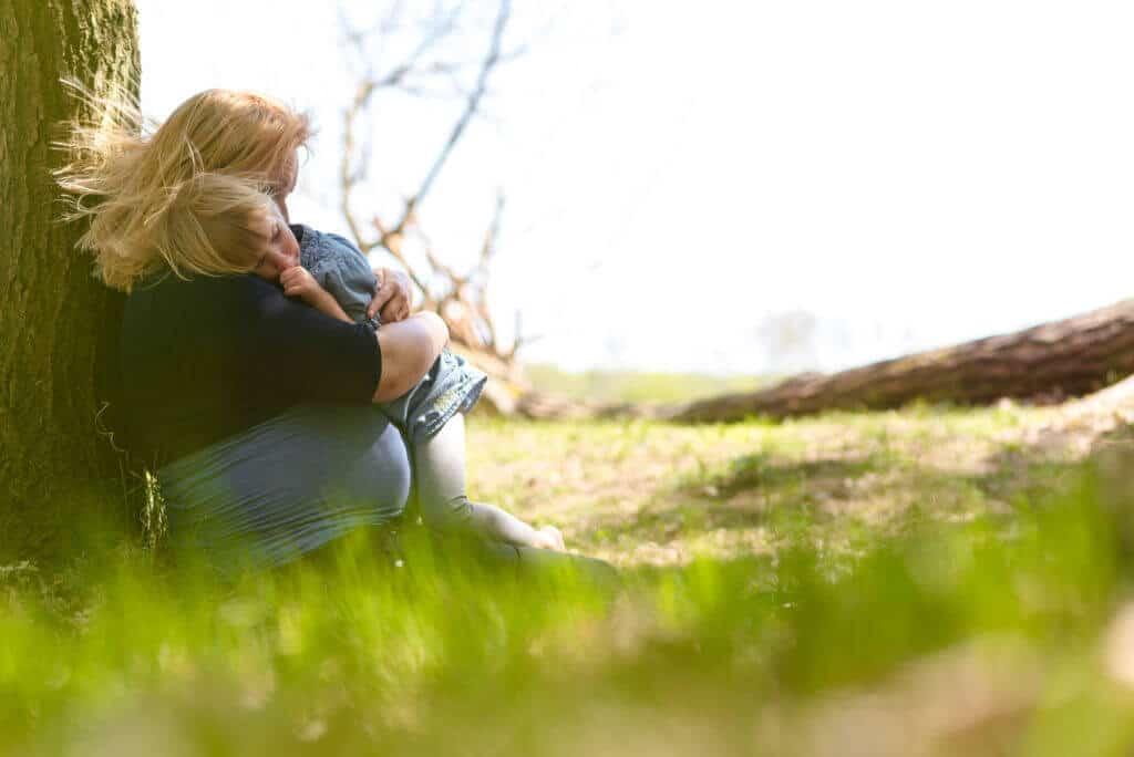 Fotograaf Hoofddorp zwangerschap moeder met dochter