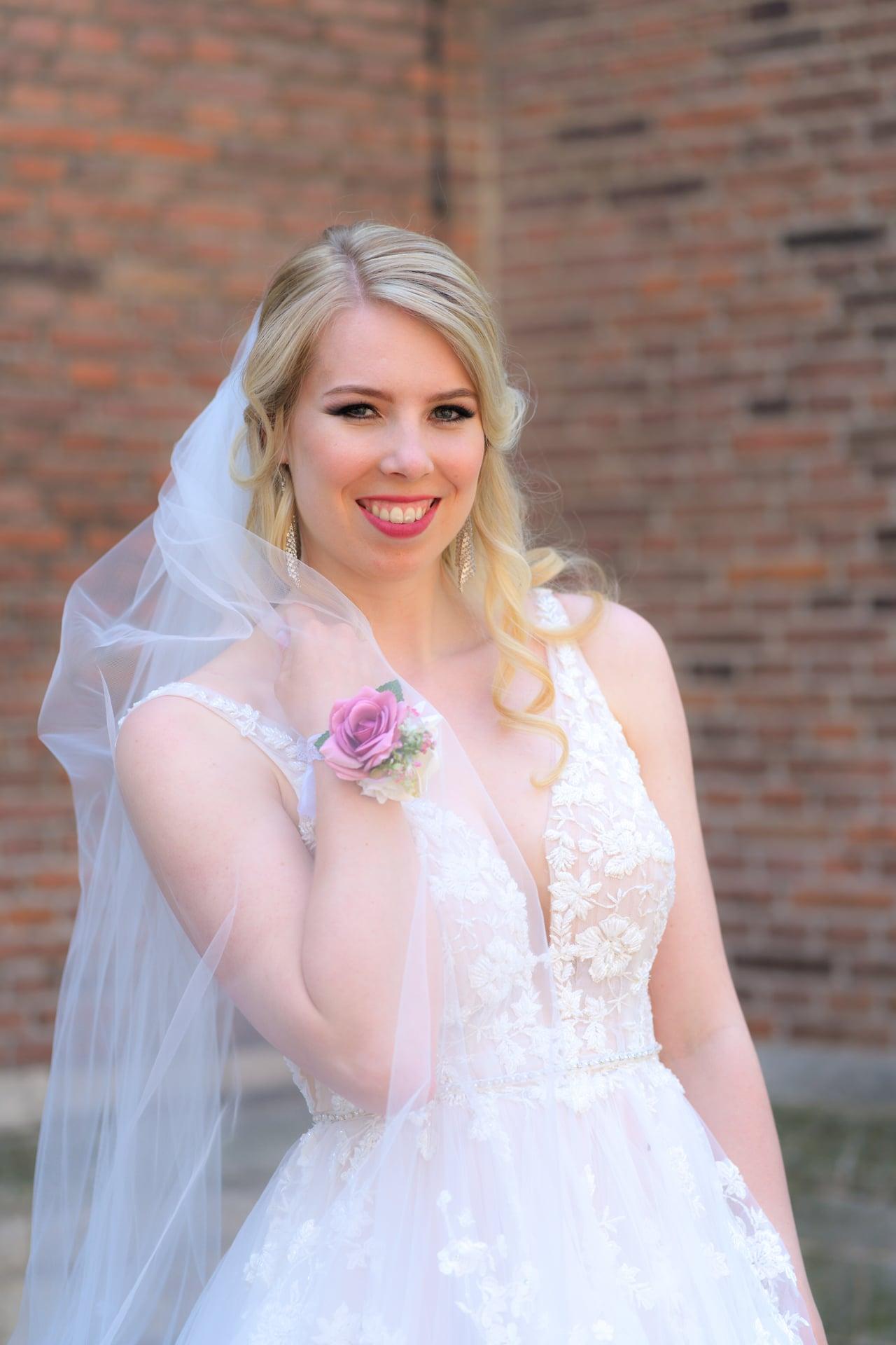 Bruid Den Haag portret, bruidsfotografie door trouwfotograaf Grietje Mesman