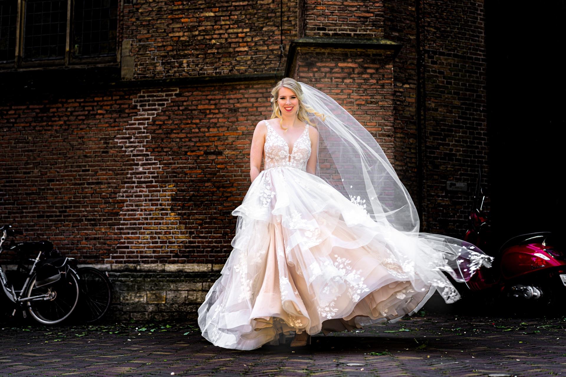 Bruid Den Haag trouwen huwelijk, bruidsfotografie door fotograaf Grietje Mesman