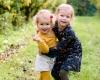 Kinderfotografie zusjes fotoshoot Haarlem door fotograaf Grietje Mesman