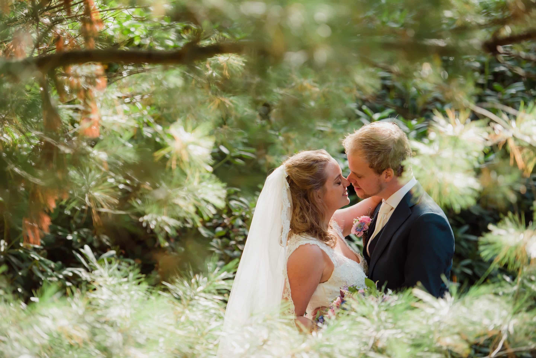 Bruiloft Apeldoorn Paleis 't Loo door trouwfotograaf Grietje Mesman